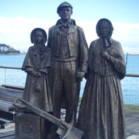 Settlers monument in Nelson